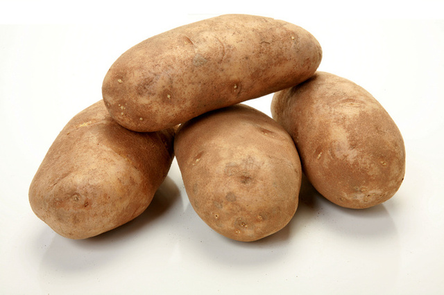 I Picked Up 10 Pounds Of Potatoes Tonight Thought They Would Ring At 235 Per Bag