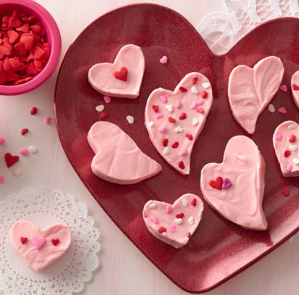 4 ingredient valentines day fudge recipe betty crocker darlene michaud